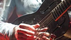 Una de las guitarras usada en los conciertos