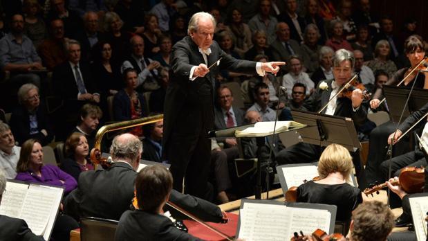 El director de orquesta Neville Marriner