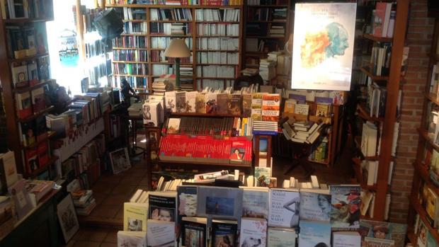 Fotografía del interior de La Librería de Javier