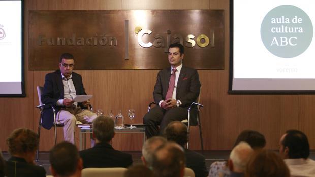 Francisco Robles y Jesús Ángel Rojo Pinilla, ayer en un momento de la presentación