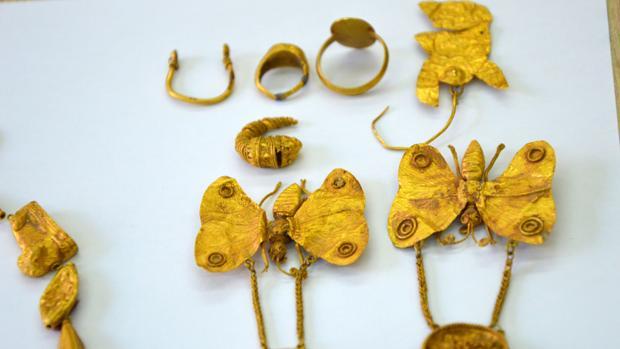 Algunas de las joyas robadas