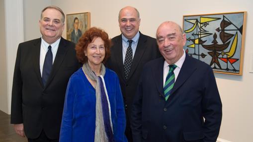 De izquierda a derecha, Eugenio Carmona, María Corral, Mark A. Roglán y José Lladó, durante la presentación de la muestra el pasado jueves