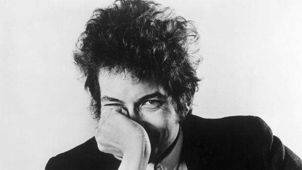 ¿Es políticamente incorrecto decir que Dylan no tiene obra literaria?
