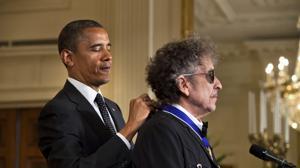 En imágenes: Bob Dylan, Premio Nobel de Literatura 2016