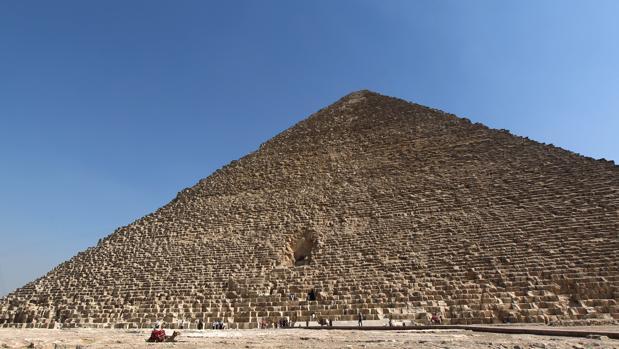 Anomalías en la pirámide de Keops
