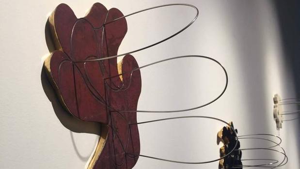 Detalle de «Áurea I» y «Áurea III» (2015), de Blanca Muñoz, que actualmente expone en la Galería Marlborough (Barcelona)