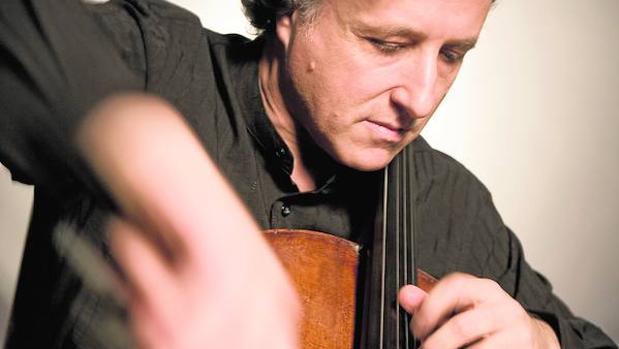 El violonchelista Raphael Wallfisch es uno de los artífices de este disco sobre Rebecca Clarke