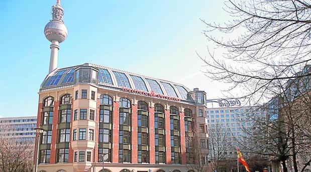 La sede del Cervantes en Berlín, junto a la icónica Alexander Platz