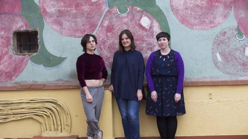 De izquierda a derecha: Cristina Morales, Gabriela Ybarra y Elena Medel
