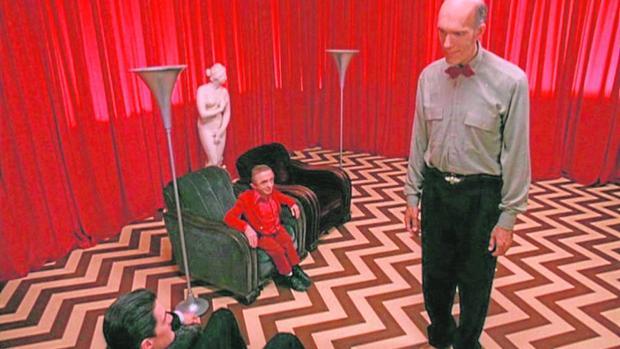 David Lynch aparece dos veces en estas listas: en la de series («Twin Peaks») y en la de cine («Mulholland Drive»)