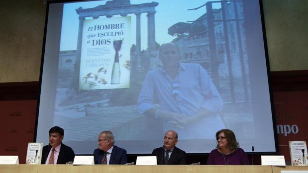 Un momento de la presentación del libro