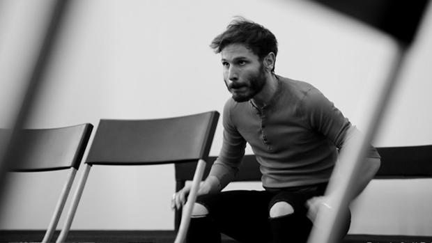 Rubén Ochandianom durante uno de los ensayos de «Tartufo»