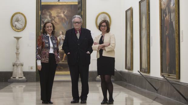 Fernando de Terán, entre Carmen Sanz y Alicia Herrero, autoras de la investigacón sobre cómo fue posible el congreso de 1934 y las consecuencias que ha tenido