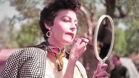 Ava Gardner, retratada por Capa en 1954