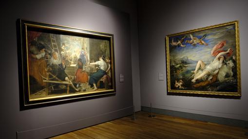 «Las hilanderas» de Velázquez (a la izquierda), junto a «El rapto de Europa», de Rubens