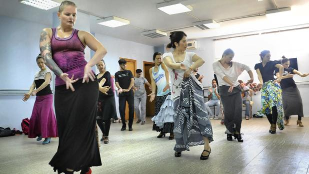 El flamenco, universal, se canta, se baila y se aprende