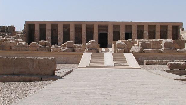 Templo de Seti I en Abidos, cerca de donde se han hallado los restos
