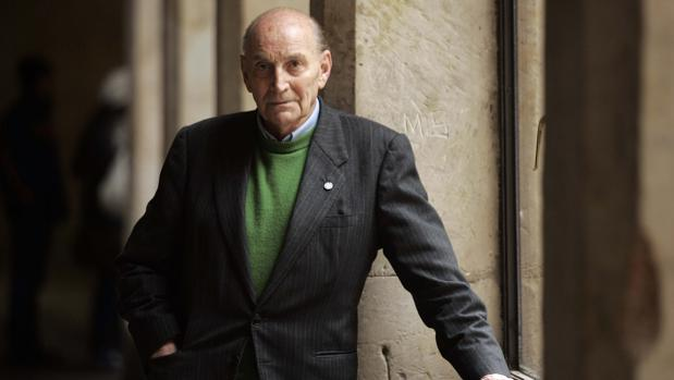 El poeta Marcos Ana, hospitalizado grave en Madrid
