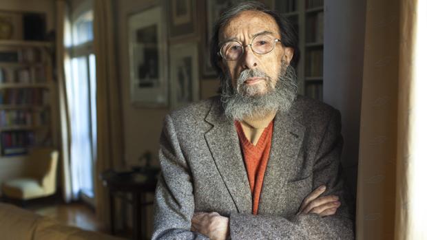 Juan Eduardo Zúñiga, fotografiado en su casa de Madrid