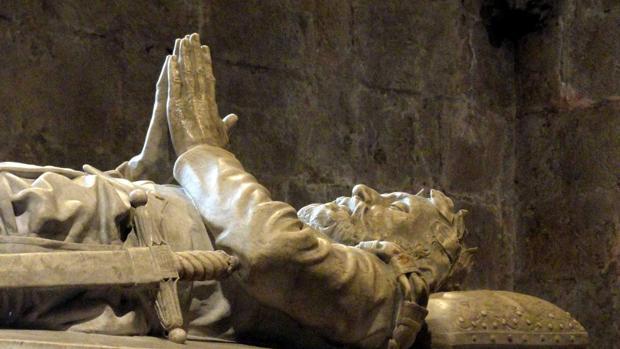 El sepulcro de Camoens en el monasterio de los Jerónimos (Belém)