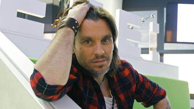 El sevillano Javier Antón (Javián en OT1), aspirante a representar a España en Eurovisión