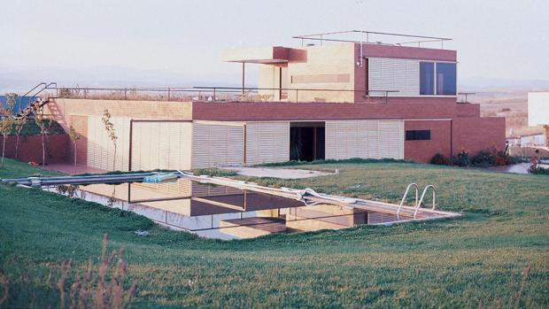 El antes y el después de la Casa Guzmán, en Algete (Madrid)