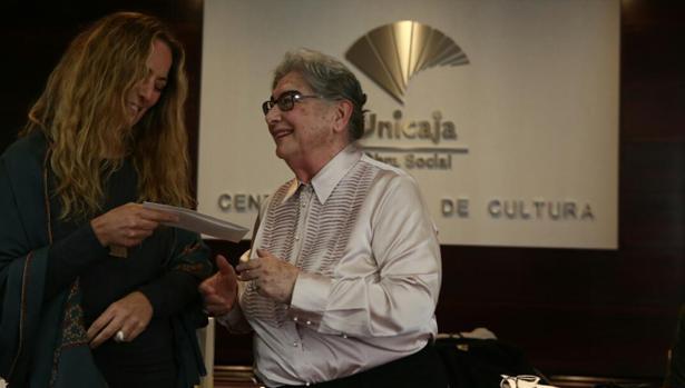 Nadia Consolani del premio Unicaja de Novela