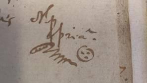 Dibujo que recuerda a un «smiley» junto a una firma en un documento de 1635