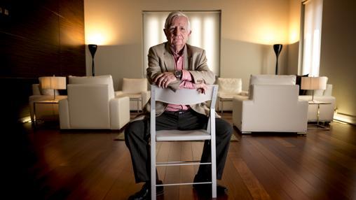 Tomás Alcoverro, durante la entrevista en la Casa Árabe en Madrid