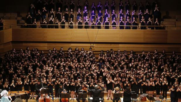 Cantania: el Falla es cosa de niños