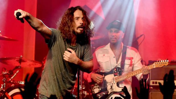 Confirman que el cantante Chris Cornell se ahorcó