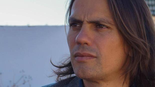 Rafael Cobos es el guionista de «La Peste»