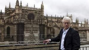 Ken Follet, fotografiado en Sevilla cuando anunció la publicación de «Una columna de fuego»
