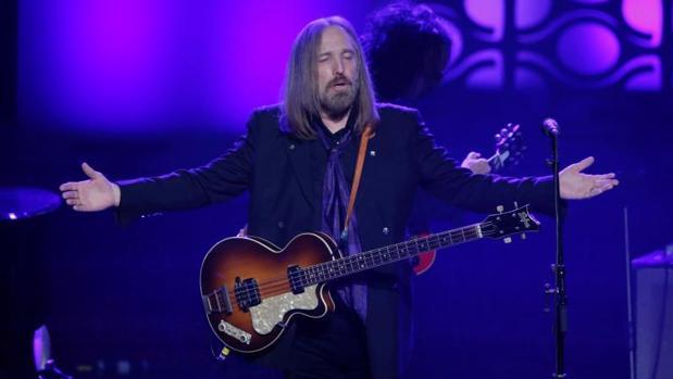 Tom Petty durante un concierto en 2016