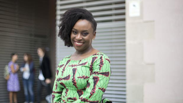 Chimamanda Ngozi Adichie, ayer en Barcelona