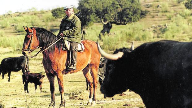 Victorino Martín Andrés, en su finca de Monteviejo, en una imagen de 1999