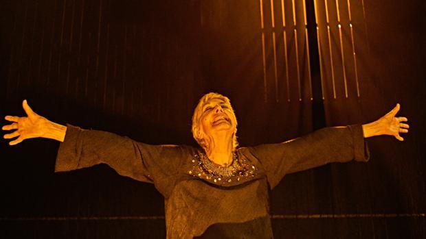 Concha Velasco, en una escena de «Reina Juana»