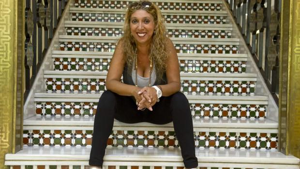 Esperanza Fernández actuará con Manolo Franco