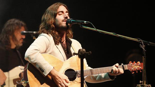 El cantautor gallego estará esta noche en el Pay Pay.