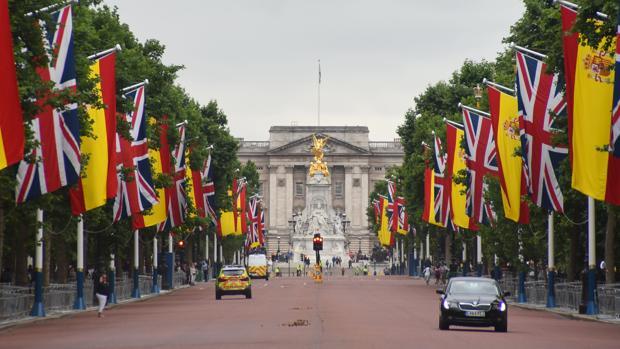 Londres engalanada durante la visita de los Reyes, el pasado verano
