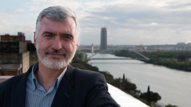 Juan Pedro Delgado apuesta siempre por la literatura juvenil