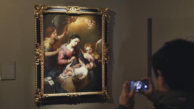 «La Virgen de la faja» es una de las obras maestras de la muestra «Murillo y su estela en Sevilla»