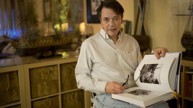 Augusto Ferrer-Dalmau, en su estudio