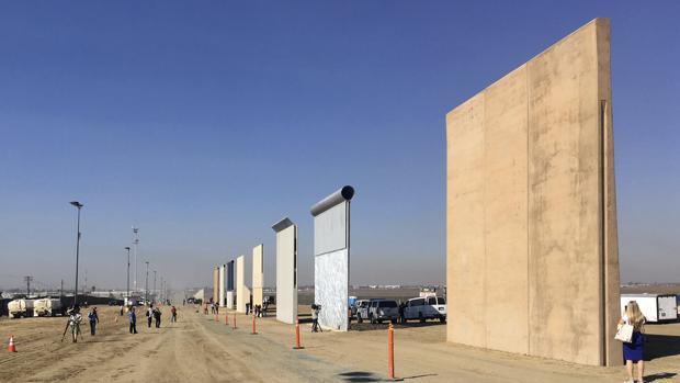 Panorámica de los prototipos instalados en la frontera con México