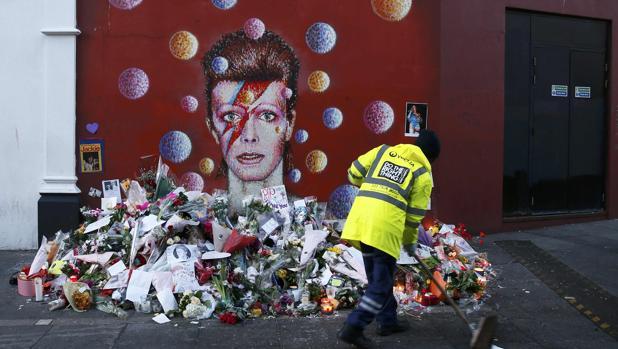 Murado dedicado a David Bowie en el distrito londinense de Brixton