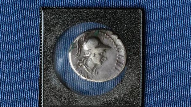 Una de las monedas