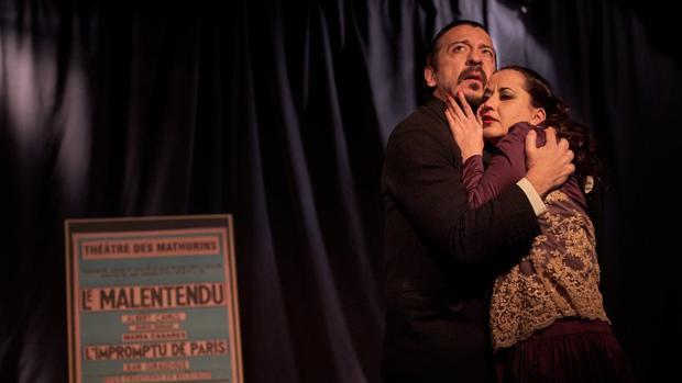 Germán Torres y Sabela Hermida, en una escena de la obra