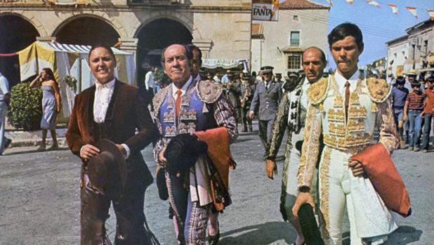 Fotograma de la película El Monosabio, de Ray Rivas