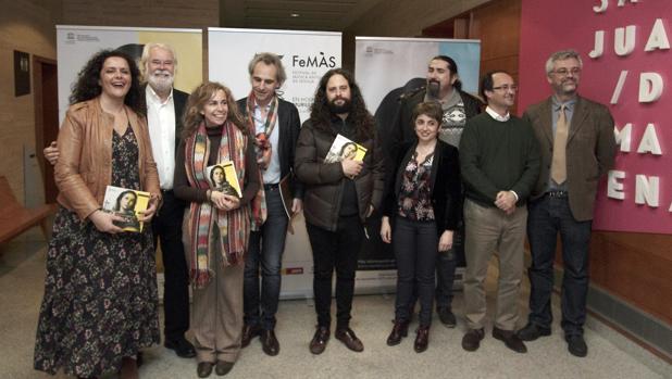 Alqhai, en el centro de la imagen, junto a responsables del Ayuntamiento, la Diputación, el Maestranza y el CNDM, entre otros