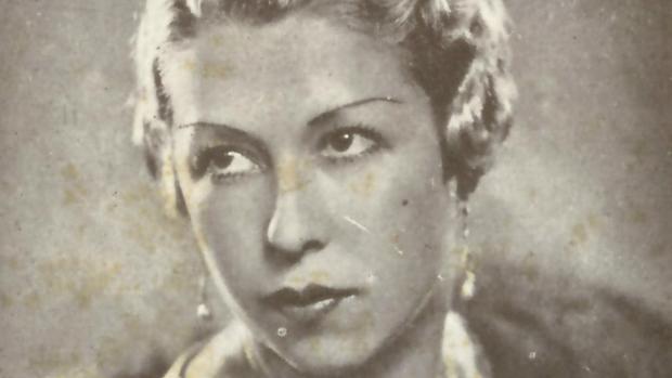 Llucieta Canyà, retratada en su juventud